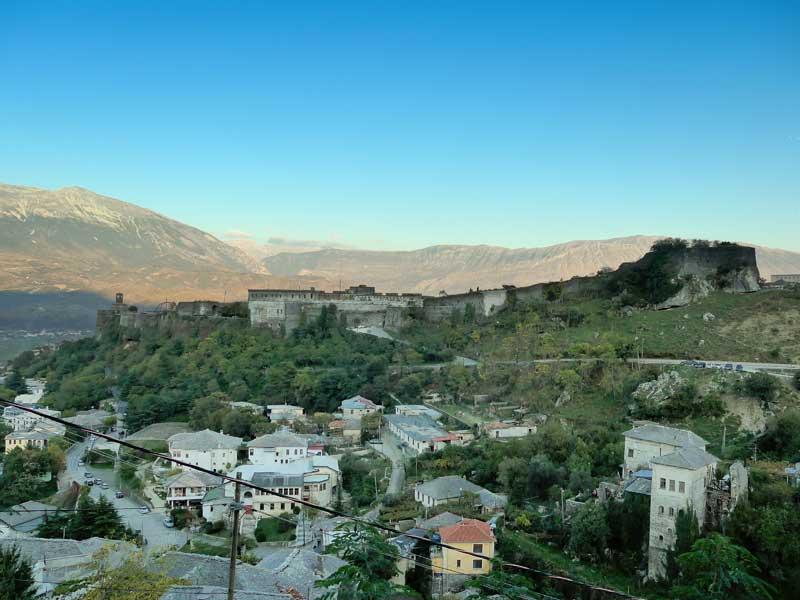 Gjirokastra in Südalbanien